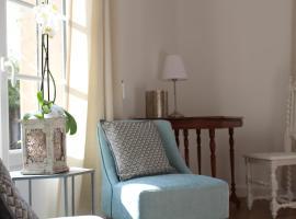 Bleu Agapanthe, Saumur