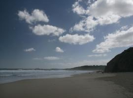 Holidayhome Dunvegan Crescent, Surf Beach