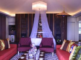 The Oriental Luxury Suites, Alfonso