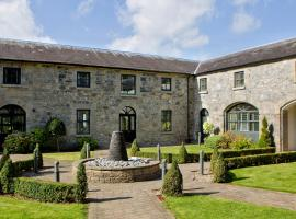 Moyvalley Hotel Self Catering Cottages, Jonestown Cross Roads