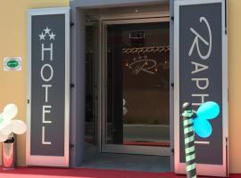Hotel Raphael, 博爾迪蓋拉