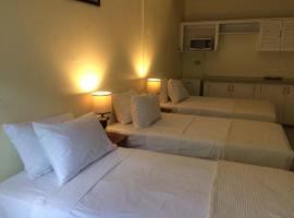 Saddle House Inn, Maraval
