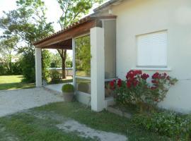 Uzès, Villa piscine, Saint-Chaptes