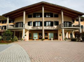 Grand Hotel Elite, Cascia