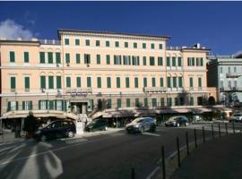 Hotel Mediterranee, Genova