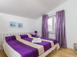 Amira Apartments, Ivanica