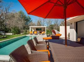 Villa Ten Minutes from the Centre of Aix-en-Provence, 普羅旺斯艾克斯