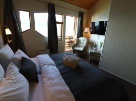 Brekkestranda Fjordhotel, Brekke