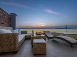 Diamante Beachfront Suites, Xylokastro