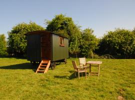 Sindles Farm Shepherd's Huts, Emsworth