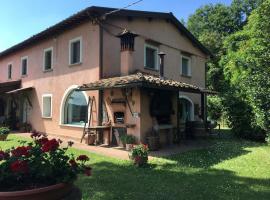 House in Park, Montopoli in Val d'Arno