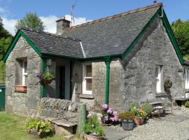 Trevenek Cottage, Crinan