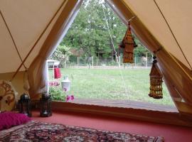 Chy-Kara Farm Camping, Pálmonostora