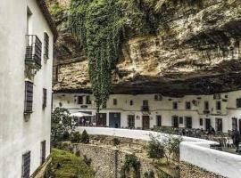 La Casa Del Rio, 塞特尼爾