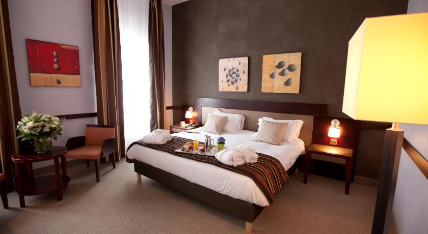 h tel couvent des minimes lille avec des avis. Black Bedroom Furniture Sets. Home Design Ideas