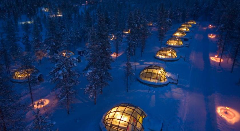 ★★★★ Kakslauttanen Arctic Resort - Igloos and Chalets