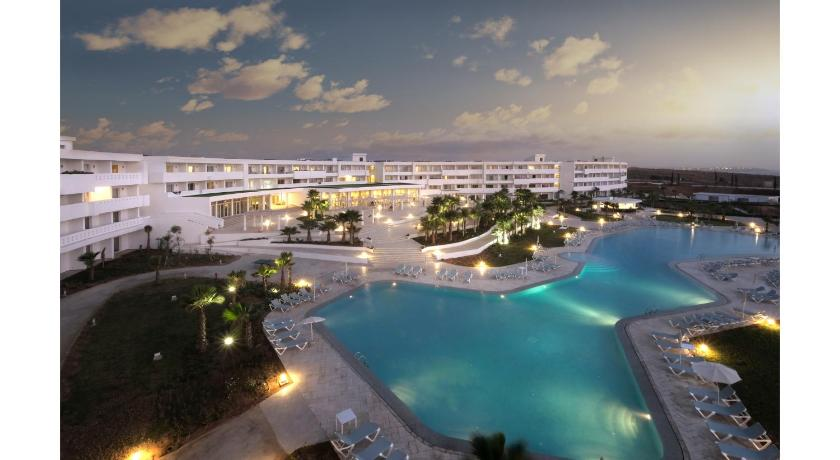★★★★ Lixus Beach Resort