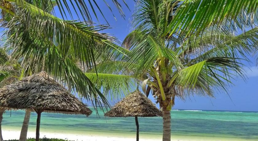 Breezes Beach Club Zanzibar Beach Resorts Kuoni Travel