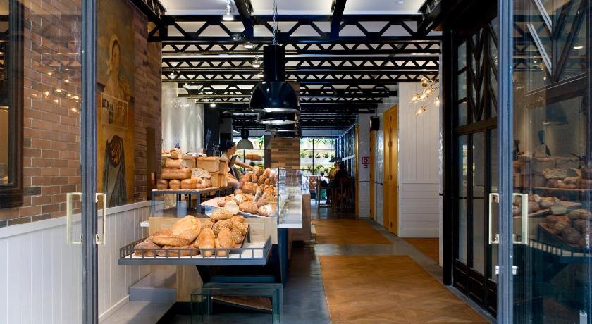 hotel praktik bakery barcelona spain. Black Bedroom Furniture Sets. Home Design Ideas