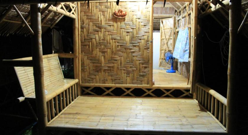bamboo hut bungalow