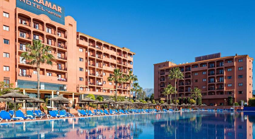 Appart 39 h tel apartmyramar fuengirola for Reservation appart hotel espagne