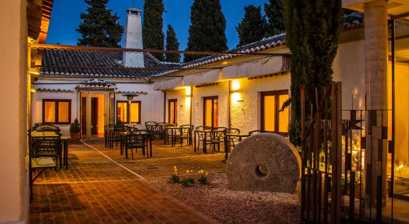 boutique hotels torrijos  20