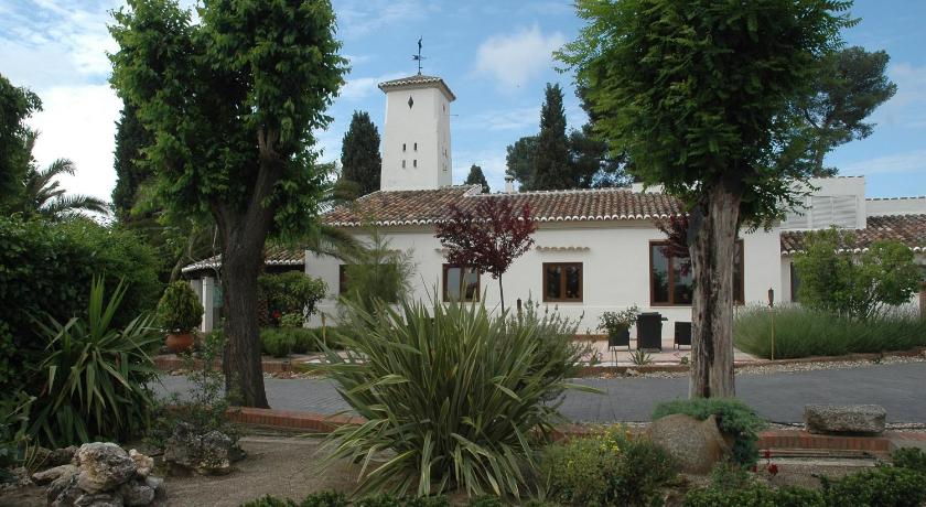 boutique hotels in torrijos  2