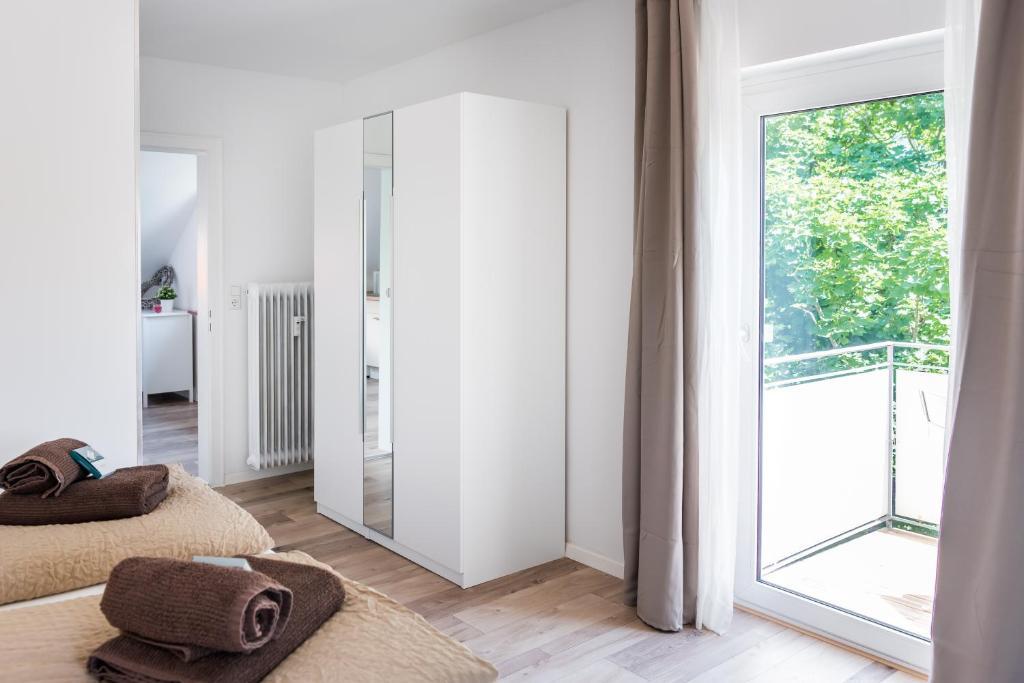 Aldi Kühlschrank Studio : Studio apartment freiburg deutschland freiburg im breisgau