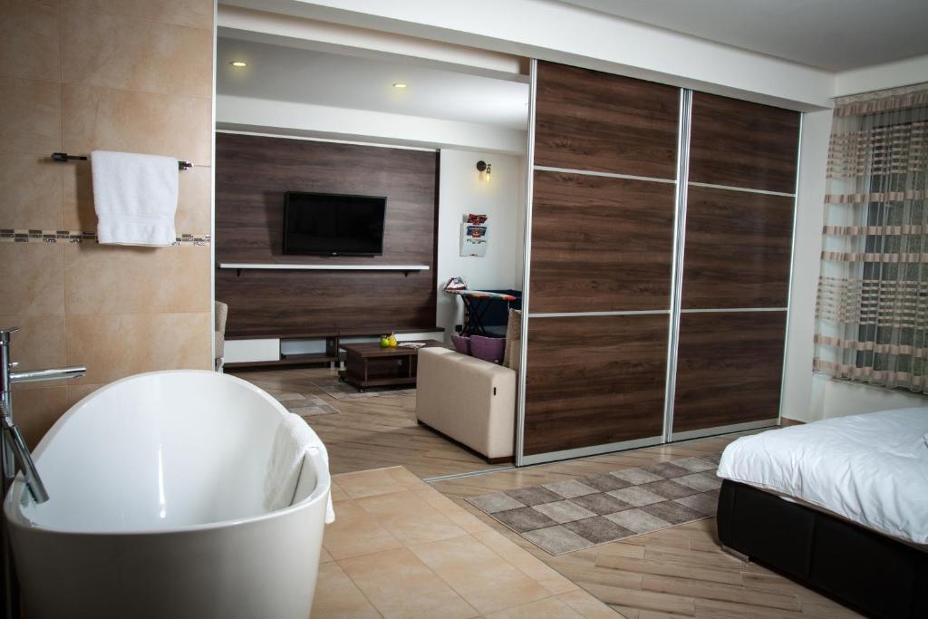 Boutique H&M Lux Apartment (Serbien Novi Pazar) - Booking.com