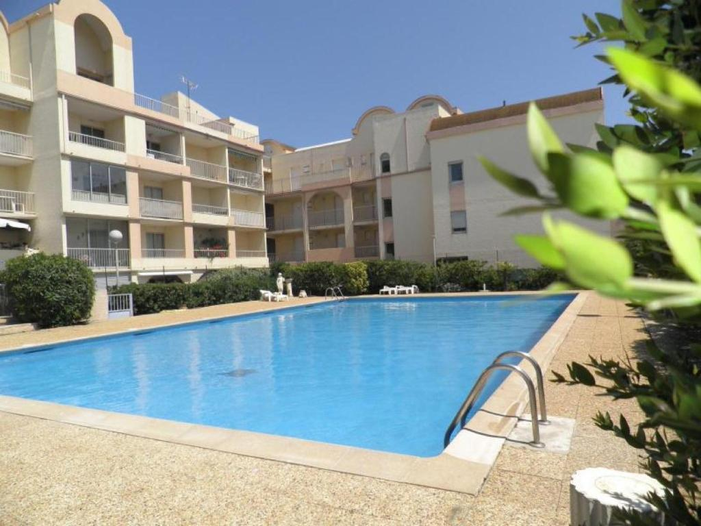 apartment grande voile 2 (france gruissan) - booking