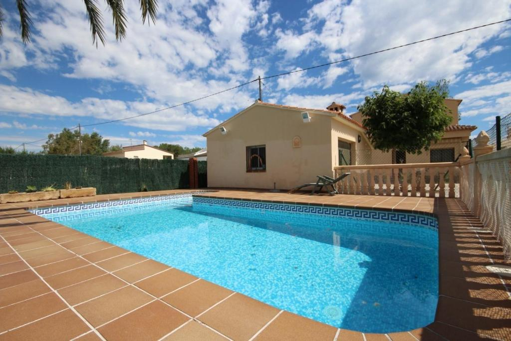 The swimming pool at or near Villa Oliva16