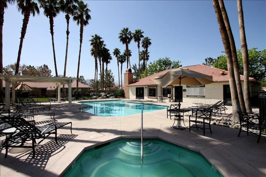Apartments In Palm Desert Country California