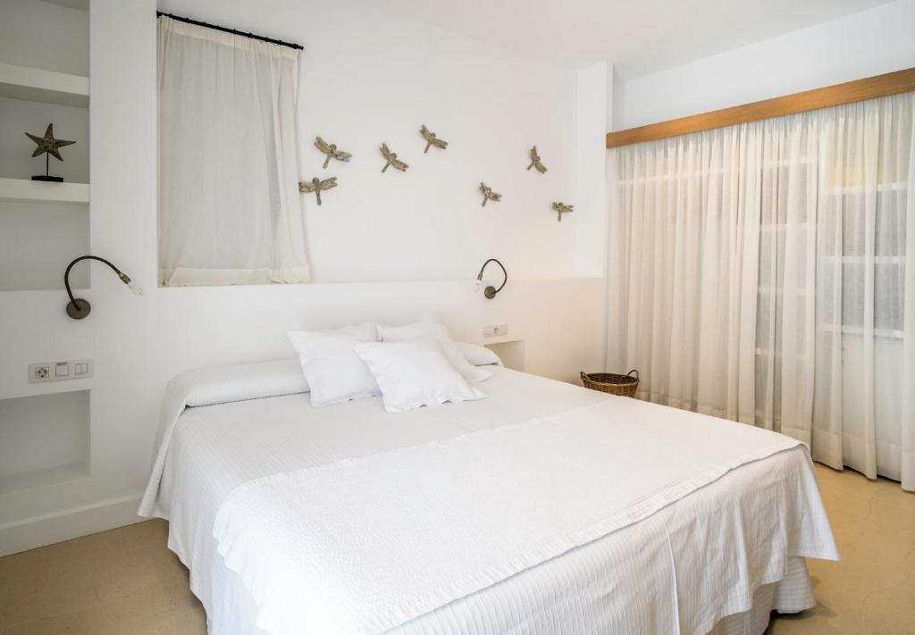 boutique hotels in sant francesc xavier  18