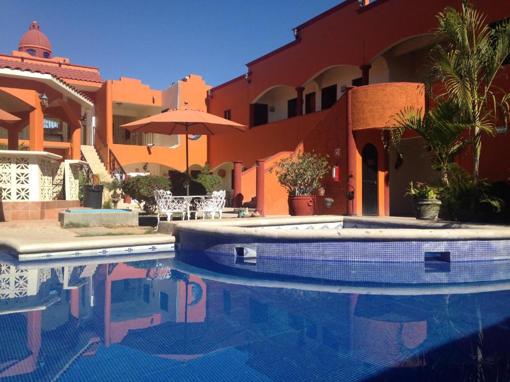HOTEL OASIS $114 ($̶1̶4̶9̶) - Prices & Reviews - Nice ...
