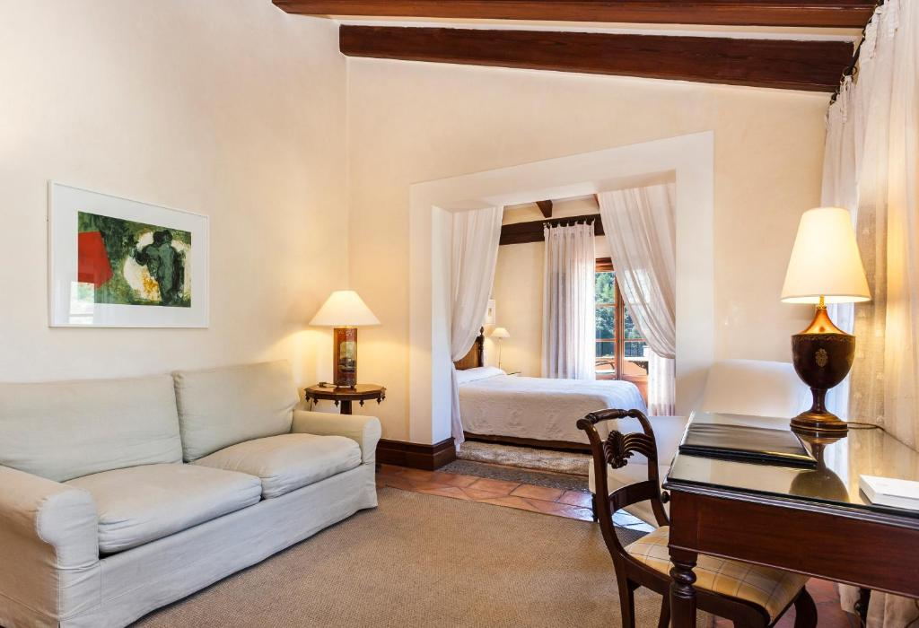 boutique hotels valldemossa  38