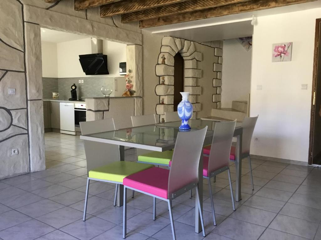 Apartments In Ornaisons Languedoc-roussillon