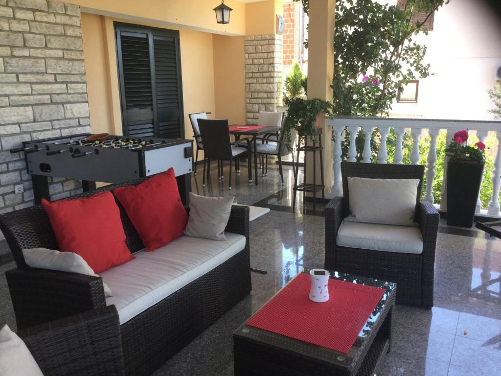 Holiday Home Villa Romantica, Sveti Filip i Jakov, Croatia - Booking.com