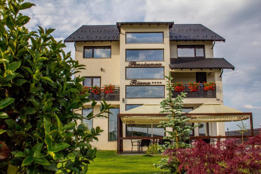 Hotel Riana Adjud Romania Booking Com