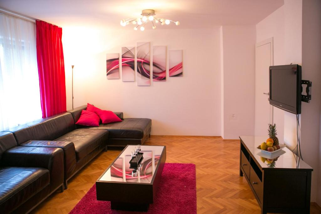 Apartment Penthouse Glam, Otočac, Croatia - Booking.com