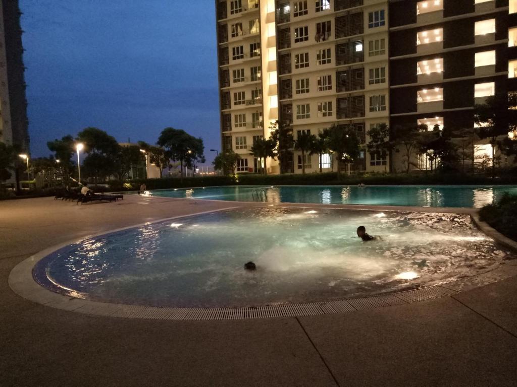 Lifestyle resort home retreat johor bahru malaysia for Home wallpaper johor bahru