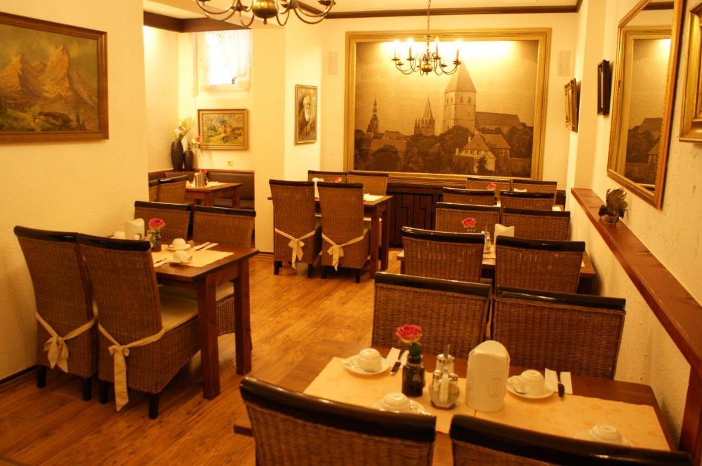 Hotels in soest for Deck 8 design hotel soest