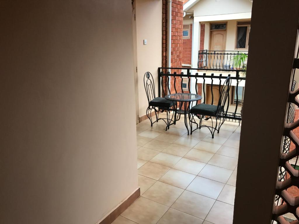 Castle apartments kampala uganda booking 25 photos dailygadgetfo Gallery