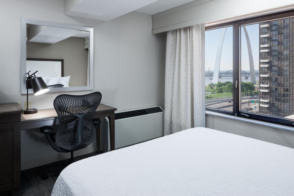 best dating st louis mo hotels near arch