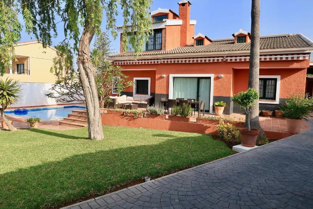 Casa de lujo con piscina y jardín., Sitio de Calahonda – Updated ...