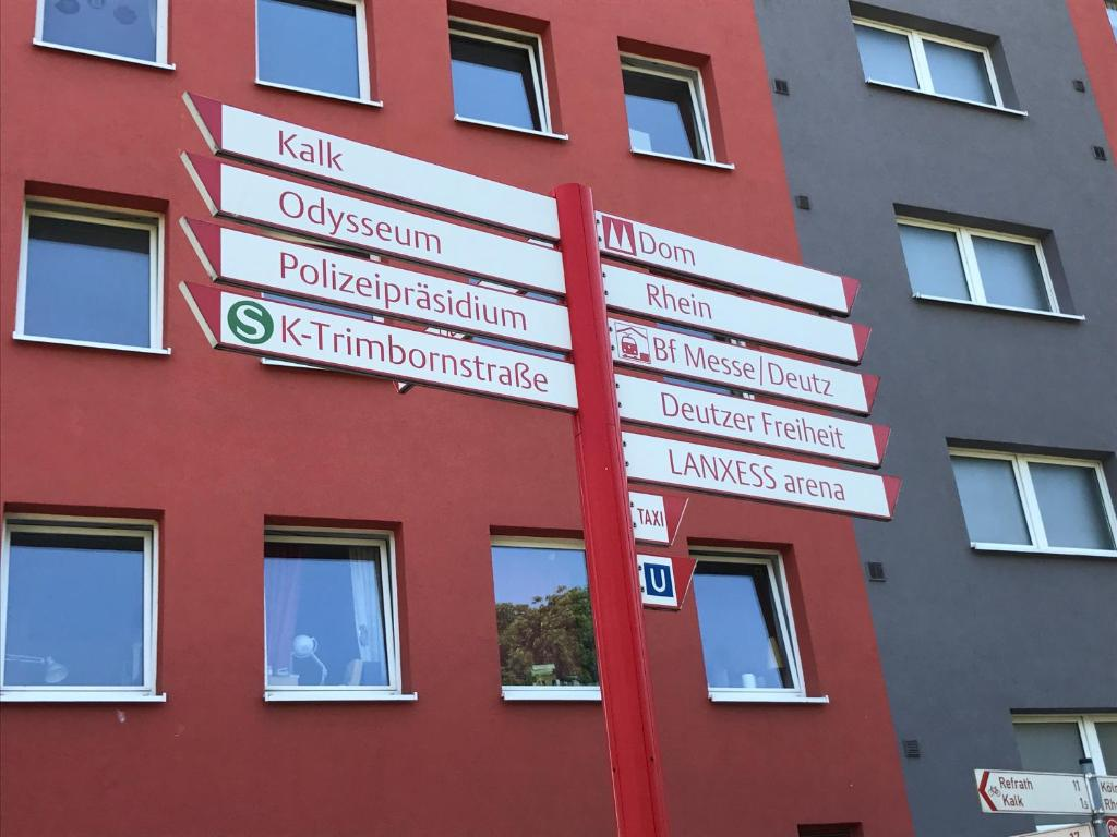 Apartment Koln Deutz Deutschland Koln Booking Com