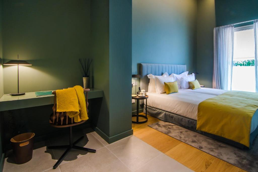 boutique hotels mahon  24