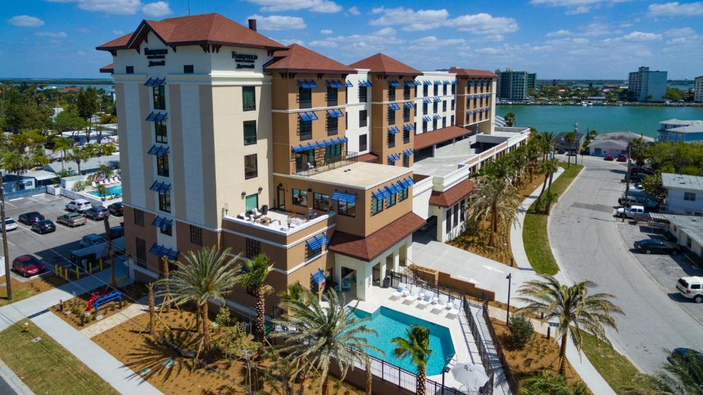 Fairfield Inn Suites By Marriott Usa Clearwater Beach Booking Com