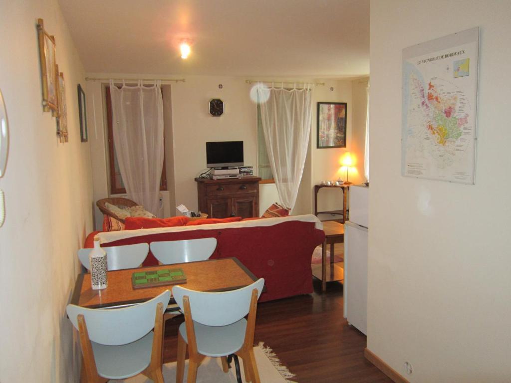Apartments In Ordonnac Aquitaine