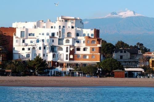 Sporting baia hotel giardini naxos italy booking.com