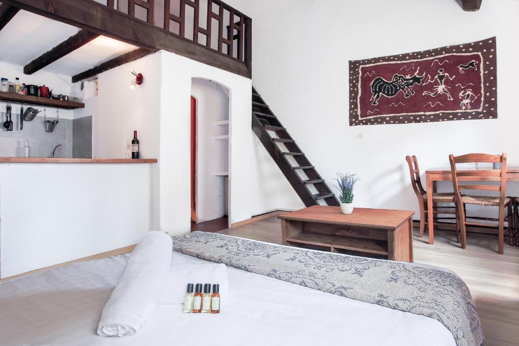Apartment ClubLord - Proche Cours Julien - 35m2 - Chambre ...